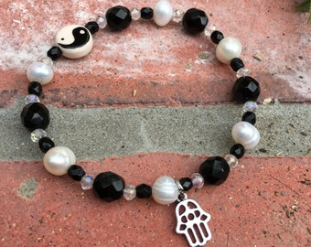Yin & Yang:  White Pearl and Black Faceted Beaded Bracelet