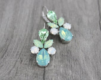 Crystal Bridal earrings, Mint green earrings, Bridal jewelry, Bridesmaid earrings, Sea foam green, Wedding earrings, Swarovski crystal