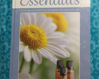 NEW Modern Essentials 8th Edition Hard Cover Essential oil book