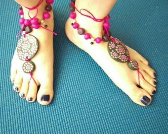 Barefooted sandals, flowers design polymer clay and crystals. Artisan barefooted sandals.