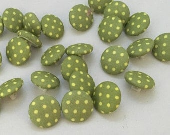 Green spotty buttons, green dotty buttons, polka dot buttons, green polka dot buttons, pack of 10, 14mm buttons, fabric cover, green buttons