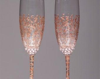 Personalized Wedding glasses rose gold Personalized glasses Champagne flutes rose gold Toasting glasses laser engraved Flutes set of 2