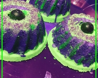 Eye Of Newt Witches Brew Bath Bomb