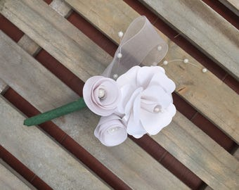 Groom pin with Pearl Ribbon and organza