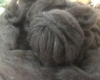Black Grey Roving 3.5 oz - 100% Icelandic Sheep Fleece