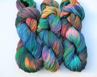 """Hand Dyed Yarn 100g Superwash Merino Wool, Nylon, sock weight """"Sirius"""", rainbow"""