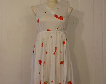 Vintage dress, 1970s Dress, strawberry dress, vintage clothing, small