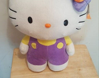Hello Kitty - Pillow Buddy
