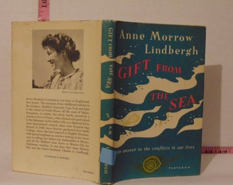 Gift From The Sea by Anne morrow Lindbergh 1955 Hardcover 48th Printing Dust Jacket Price Clipped