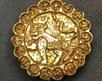 Later Medieval belt mount with lion - G49