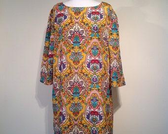 Woman 60's retro style dress yellow paisley print size XL