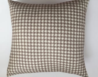 100 % Wool Tan and Cream Houndstooth Pillow Cover