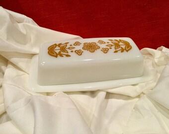 Pyrex Butterfly Gold Butter Dish