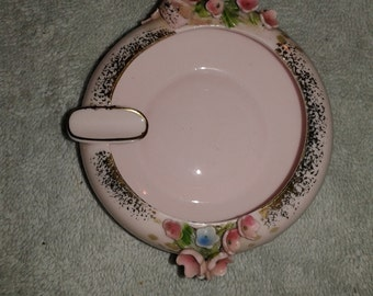 Vintage fingerling ashtray