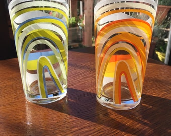 Vintage Swirl Pattern Glasses Set of 2