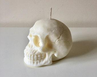 skull candle / skull home decor / small skull candle / home decor candle / skull home decor candle / skull candles /skull