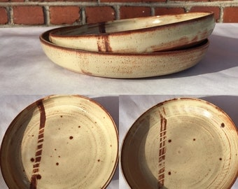 Set of two plates
