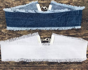 Distressed choker necklace aprox 1.5 inches wide / denim / white
