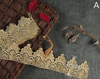 1 Yard Gold Lace Applique Embroidery Trim Appliques,Birthday Crown, Lace Crown, Gold Crown, WL8099