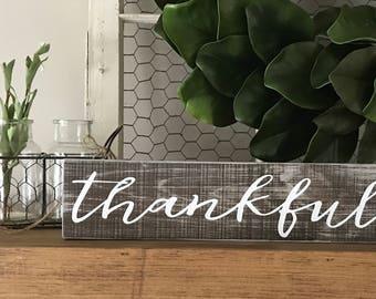 Thankful sign, Rustic wall decor, Rustic signs, Grateful thankful sign, Thanksgiving decor, Rustic home decor, Farmhouse decor, Custom signs