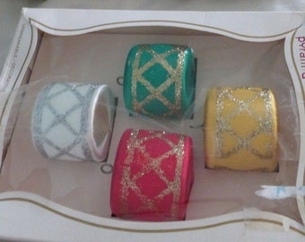 Pyramid, Unbreakable, Satin, Drum, Christmas, Ornaments, Set of 4, Made in USA, Red, Yellow, Green, White, Glitter, Free Shipping