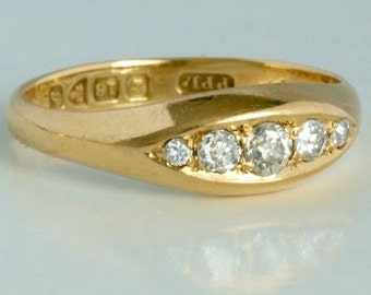 18 carat gold ring with five diamonds from 1917
