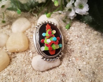 Chistmas Tree Brooche by Bev Etsate