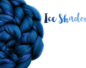 Blended top - Blue -  Spinning fibre - 23 micron Merino wool - Bamboo - 100g - 3.5oz - ICE SHADOW