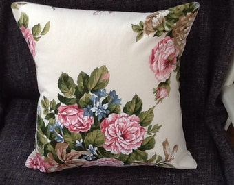 Lovely pink roses cushion / pillow cover