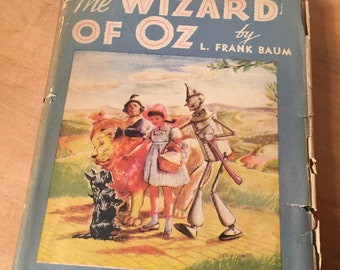 "1944 Vintage ""The wizard of OZ"" by Frank Baum green Hardcover book with dust jacket"