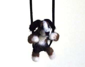 Bernese Mountain Dog felt necklace, Pet jewelry, Felted dog, Pet lover gift, Wool jewelry, Miniature animal, Miniature dog, Felted necklace