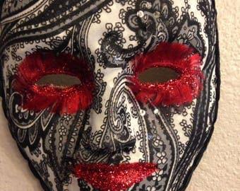 Perfect Paisley Mask
