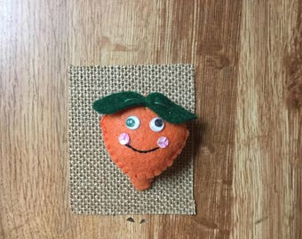 Peach Hairclip with google eyes