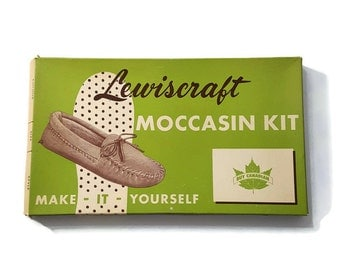 Vintage Moccasin Lewiscraft Moccasin Kit Make it Yourself For Handicraft Ladies sz 4 to 9 Made in Canada DIY Pre cut Leather 60s
