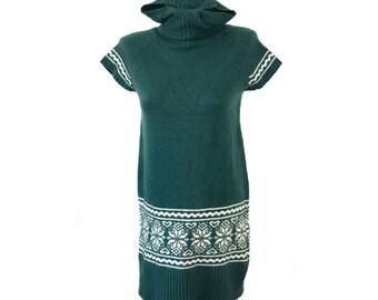 Vintage women dress wool hooded green short sleeves