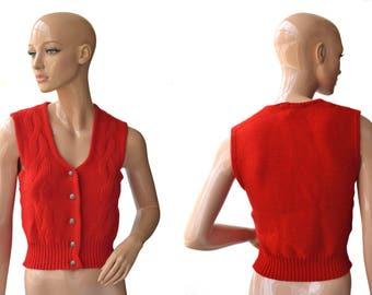 Vintage women wool vest red