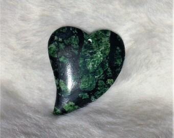Black Hemetite & Green Turquoise Meshwork Gemstone Heart Pendant Bead