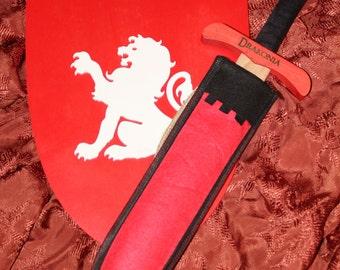 Pack shield / sword