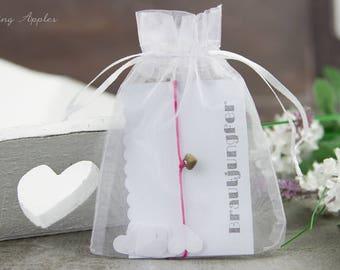Bracelet with heart pendant, wedding / JGA / friendship - color bronze, minimalist, armcandy, guest gifts, compose