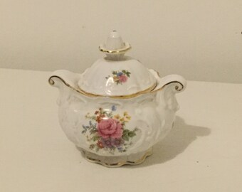 Queens Fine Bone China Sugar Bowl with Floral pattern