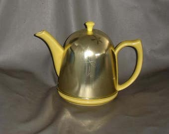 Vintage Hall Canary Yellow Coverlet Teapot