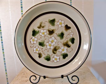 """Berry Blossom by Sears 