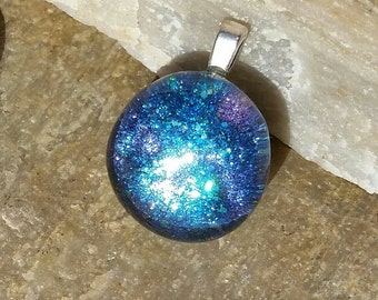 Sparkling glass purple and green-blue pendant