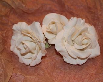 Gumpaste Roses (set of 3)