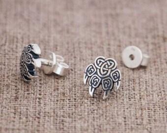 Paw Earrings, Wolf's Paw Earrings, Veles Earrings, silver Earrings, Wolf Earrings
