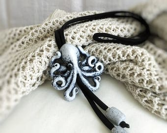 Bolo tie necklace with Octopus