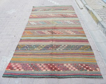 5.6x10.2 Ft Embroidered vintage handwoven Turkish kilim rug
