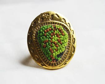 Palestinian handcrafted vintage looking ring, inspired by longstanding Palestinian costumes.