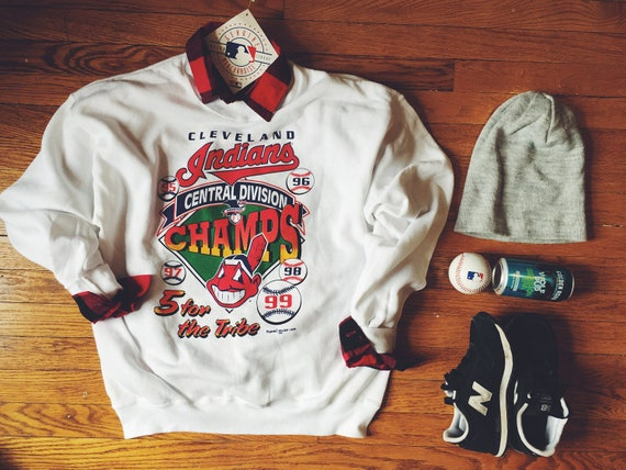 NWT Cleveland Indians deadstock sweatshirt (rare)