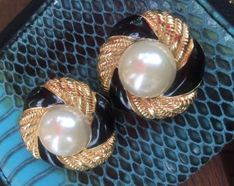 Vintage 1980's Gold Tone, Black Enamel and Pearl Button Clip On Earrings